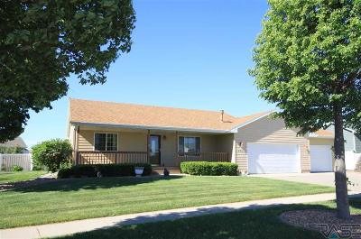 Sioux Falls Single Family Home For Sale: 4301 W Kogel Dr
