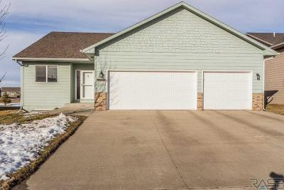 Sioux Falls Single Family Home Active - Contingent Misc: 1504 E 67th St N