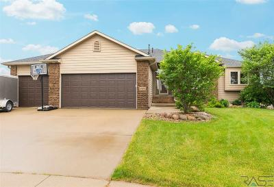 Sioux Falls Single Family Home For Sale: 6808 S Braxton Cir