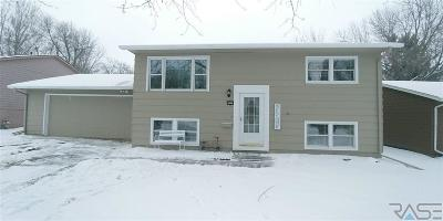 Sioux Falls Single Family Home For Sale: 6012 W 46th St