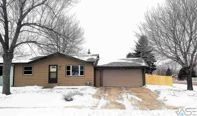 Sioux Falls Single Family Home Active - Contingent Misc: 5001 S Drexel Dr