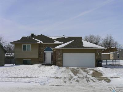 Sioux Falls SD Single Family Home For Sale: $219,900