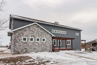 Sioux Falls, Harrisburg, Brandon, Tea, Worthington, Lennox, Canton, Hartford, Crooks, Renner, Humboldt Single Family Home For Sale: 5109 E 49th St