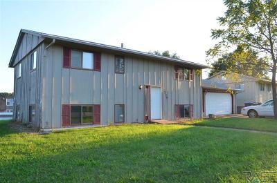 Sioux Falls Multi Family Home For Sale: 1509 E Bennett St