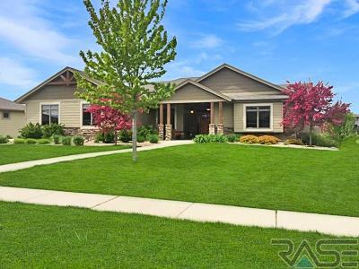 Sioux Falls Single Family Home For Sale: 500 E Piping Rock Ln