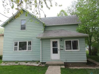 Madison Single Family Home For Sale: 316 N Olive Ave
