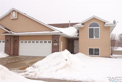 Sioux Falls Single Family Home Active - Contingent Misc: 5210 S Baneberry Ave