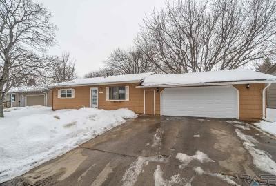 Sioux Falls Single Family Home Active - Contingent Misc: 4134 W Mesa Pass