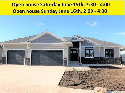 Sioux Falls Single Family Home For Sale: 6709 E Dugout Ln