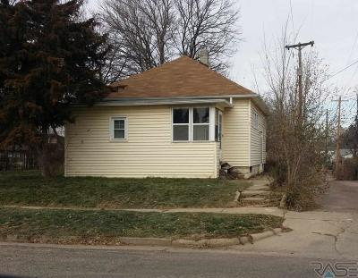 Sioux Falls Single Family Home For Sale: 210 W Brookings St