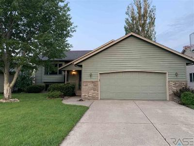 Sioux Falls Single Family Home For Sale: 2730 S Avondale Ct