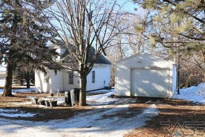 Hartford Single Family Home For Sale: 45736 265th St