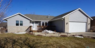 Sioux Falls Single Family Home For Sale: 5924 S Lois Ln