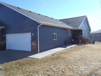 Sioux Falls Single Family Home For Sale: 3503 W Hughes Pl