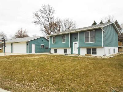 Dell Rapids Single Family Home Active - Contingent Misc: 1202 State Ave