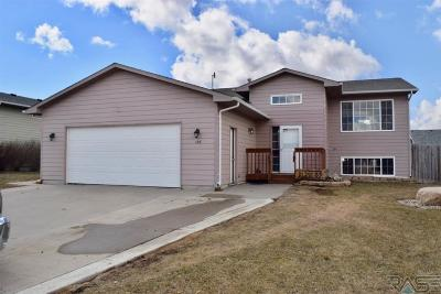 Hartford Single Family Home For Sale: 505 S Tessa Ave