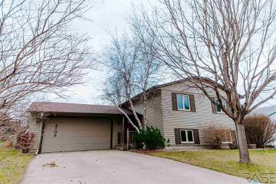 Sioux Falls Single Family Home For Sale: 4708 E Blueridge Dr