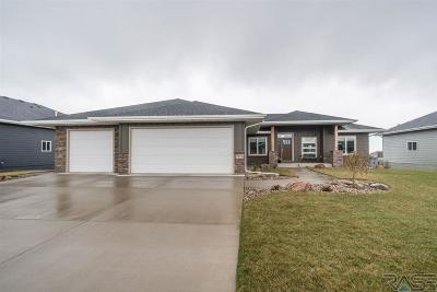 Sioux Falls Single Family Home Active - Contingent Misc: 7912 Golden Oak Ave S