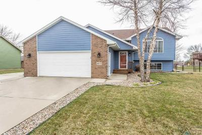 Sioux Falls Single Family Home Active - Contingent Misc: 6809 S Crane Ave