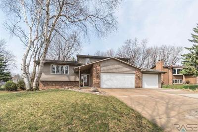 Sioux Falls Single Family Home For Sale: 4201 S Woodwind Ln