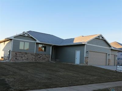 Sioux Falls Single Family Home Active - Contingent Misc: 6713 E Dugout Ln