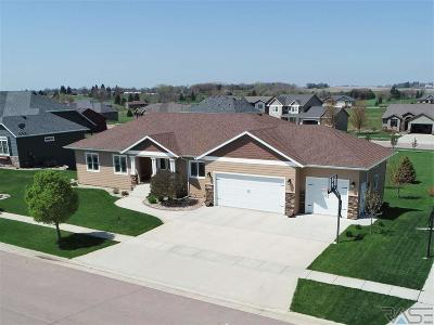 Dell Rapids Single Family Home Active - Contingent Misc: 1003 Birdie Dr