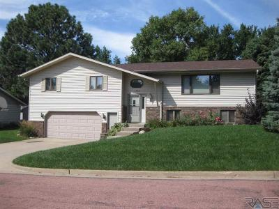 Dell Rapids Single Family Home Active - Contingent Misc: 1228 Thresher Dr