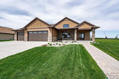 Sioux Falls Single Family Home For Sale: 2900 W 77th St