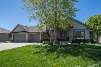 Sioux Falls Single Family Home Active-New: 7105 S Waterstone Cir