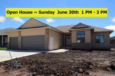 Sioux Falls Single Family Home For Sale: 5709 East Huber St