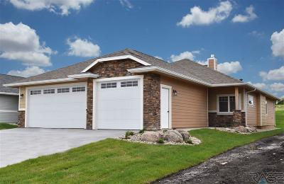 Sioux Falls Single Family Home For Sale: 8633 W Bryggen Ct