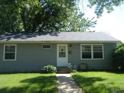 Sioux Falls Single Family Home For Sale: 720 N Leadale Ave