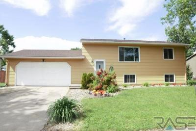Sioux Falls Single Family Home Active - Contingent Misc: 5508 W Dardanella Rd