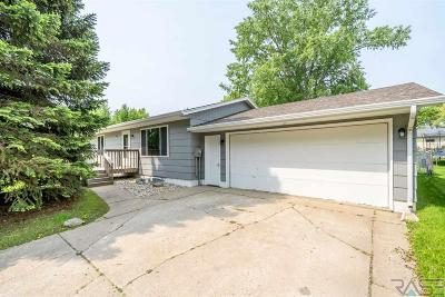 Sioux Falls Single Family Home Active - Contingent Misc: 921 S Gordon Dr