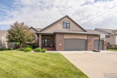 Sioux Falls Single Family Home For Sale: 7600 W Stoney Creek St