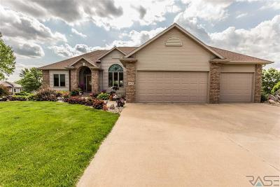 Sioux Falls Single Family Home For Sale: 6321 Limerick Cir