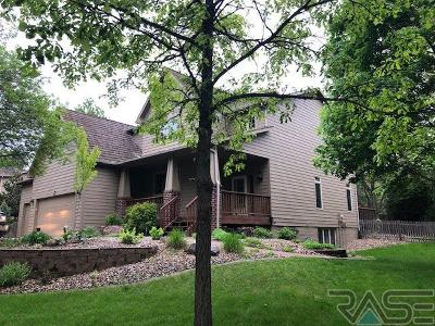 Sioux Falls Single Family Home Active-New: 5221 S Sweetbriar Ct