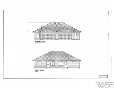 Sioux Falls SD Single Family Home Active - Contingent Misc: $169,500