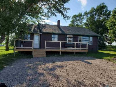 Dell Rapids Single Family Home Active-New: 47405 240th St