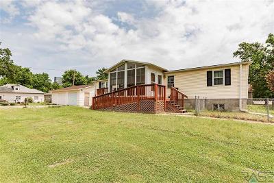 Harrisburg Single Family Home For Sale: 306 E Maple St