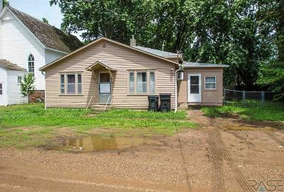 Worthing Single Family Home For Sale: 202 E 2nd St