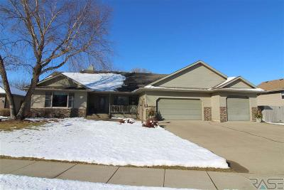 Single Family Home For Sale: 1311 S Snowberry Trl