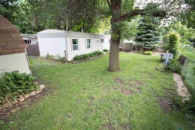 Sioux Falls Single Family Home For Sale: 6309 W Grove Pl