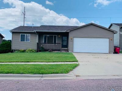Sioux Falls Single Family Home Active - Contingent Misc: 3805 N Orion Dr