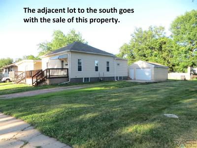 Sioux Falls Single Family Home Active - Contingent Misc: 212 S Lincoln Ave