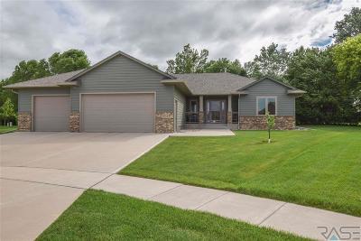 Sioux Falls Single Family Home For Sale: 5724 E Meadow Oak Cir