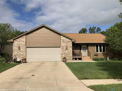 Sioux Falls Single Family Home For Sale: 7521 S Aftyn Ave