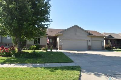 Sioux Falls Single Family Home For Sale: 7713 W Chesapeake Ln