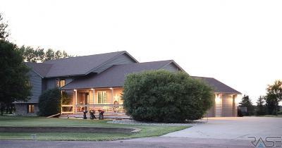 Tea Single Family Home For Sale: 46942 Blue Spruce St
