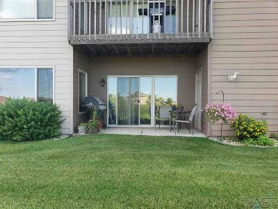Sioux Falls Condo/Townhouse Active - Contingent Misc: 4916 S Klein Ave #35